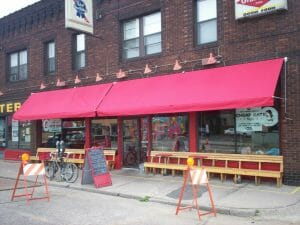Minneapolis and St. Paul's retractable awning supplier is Acme Awning