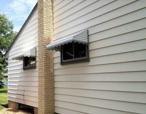 Scalloped Fringe on Aluminum Awning in Minnesota